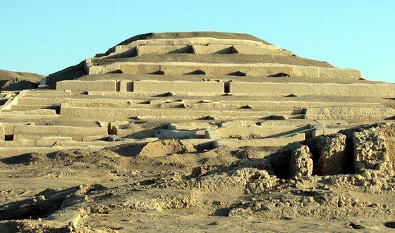 El Cementerio de Chauchilla, situado a 30km de la ciudad de Nazca, sin dudas un valuarte de la arquitectura de la cultura nazca.
