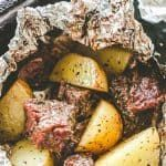 Steak and potato leaves with garlic and herbs – DELICIOUS Steaks and potatoes with garlic and herbs – DELICIOUS Steaks and potatoes with garlic …   – Foil Meals