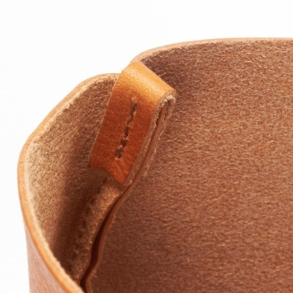 Looks like a good idea to strengthen a leather seam.