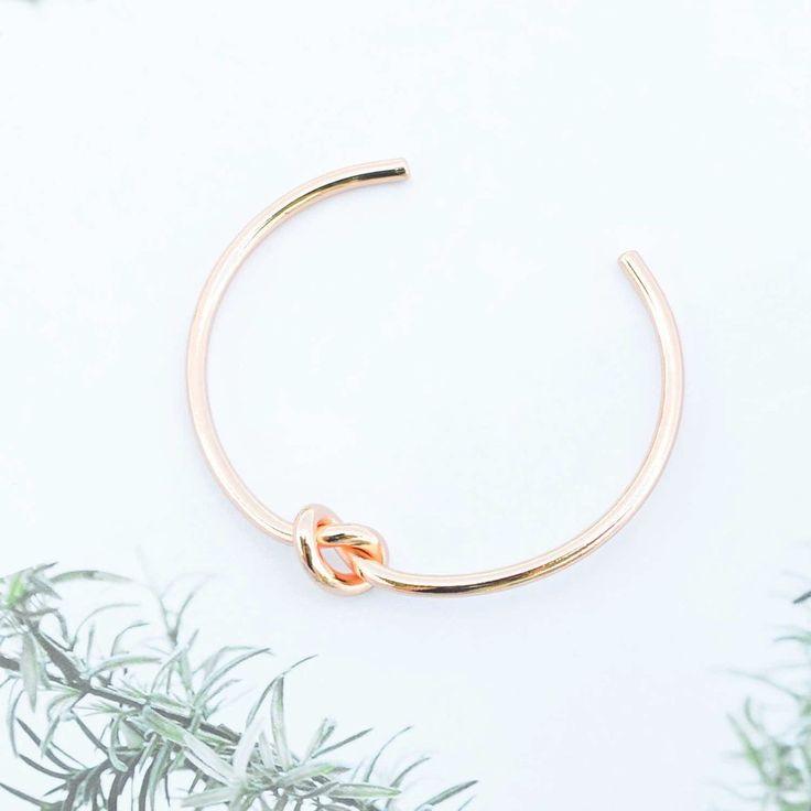 Majolie - Bracelet Jonc Noeud Or Rose – Majolie - Des bijoux prêts à offrir!