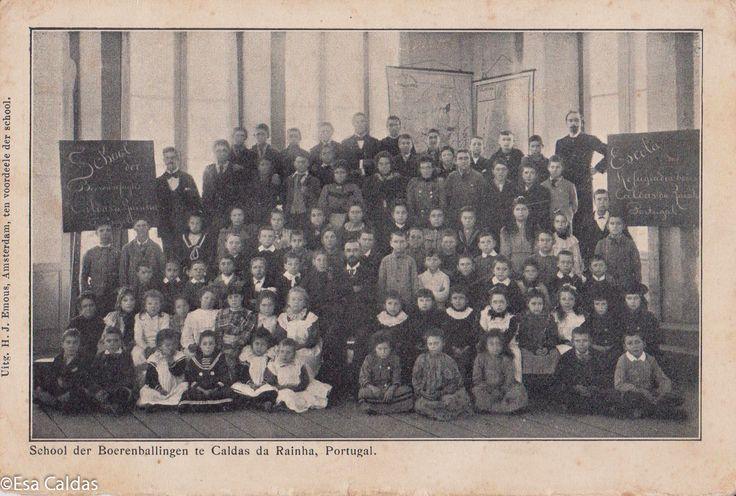 Hollandse vluchtelingen in Portugal. Lees het op https://zininportugal.wordpress.com/2015/04/13/een-intrigerende-ansichtkaart-uit-1901/
