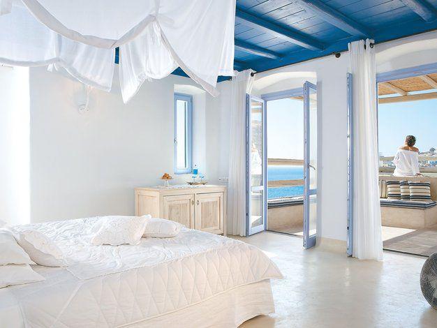 Hotel grecotel mykonos blu psarou happy wohnideen pinterest schlafzimmer und - Griechische wohnideen ...