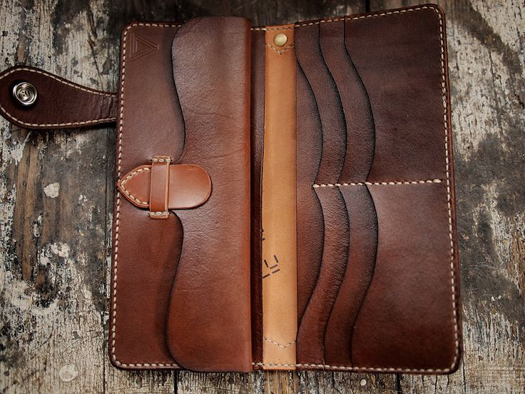 Shell Cordovan long inside | by Hollows Leather