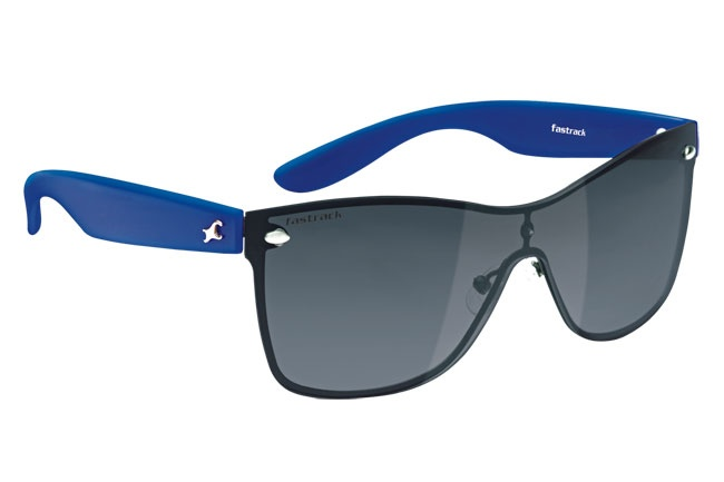 Funky wayfarers with bright temples which suit every face    Denim from Fastrack        http://www.fastrack.in/product/c050bk3/?filter=yes=1=995=2295=4&_=1339957199256#