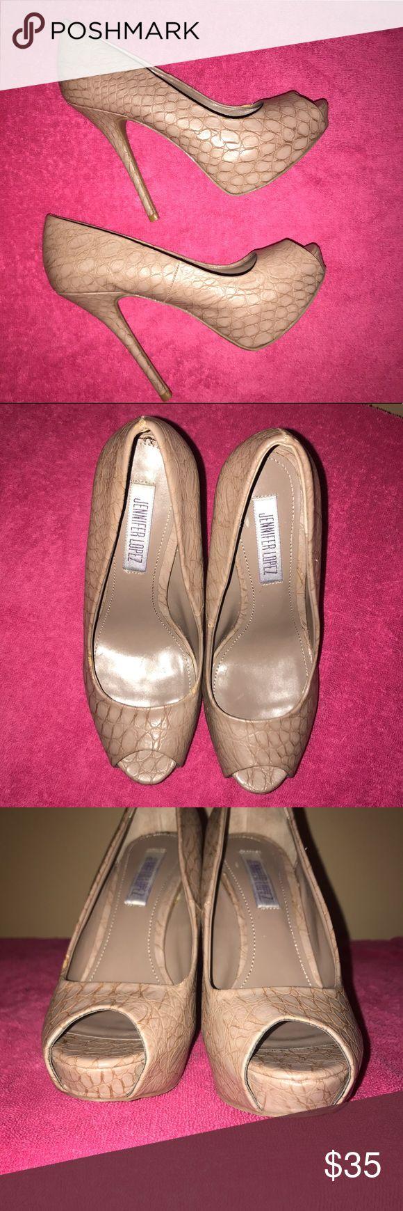 "🆕💙JENNIFER LOPEZ💙Snakeskin Peep Toe Heels/Pumps 🆕LISTING🆕NWOT 💙JENNIFER LOPEZ💙Snakeskin Faux Leather Peep Toe Platform Heels/Pumps. Size - 6. Heel height - 5"", Platform- 1"". Tags have been remove but never worn Jennifer Lopez Shoes Platforms"