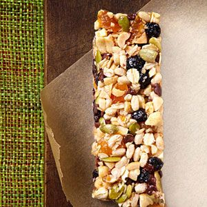 EatingWell Energy Bars Instead of buying pricey energy bars, fuel your fitness routine with this great-tasting homemade energy bar recipe. Whether you use these energy bars as a pre-workout snack or to refuel and recover post-workout, they'll give your body what it needs. Best of all, you can make this energy bar in minutes.