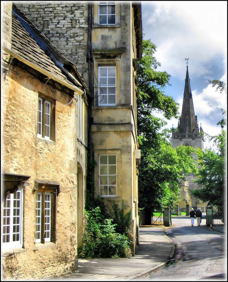 Corsham is a quiet, unspoilt town. It owes its prosperity to the wool trade and quarrying of golden Bath stone. This is a view of the old church from the side street.
