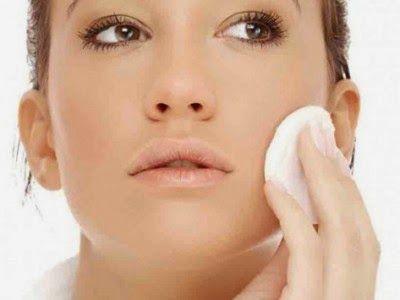 Remedios que te ayudarán a tratar la piel grasa.