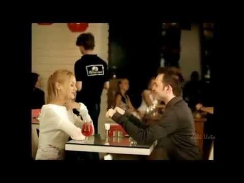 Düğün dans müziği zerrin özer herşey seninle güzel - YouTube