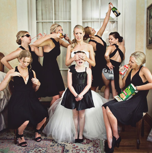 Cool Wedding Photography Bridesmaids This Shot Is So Cute