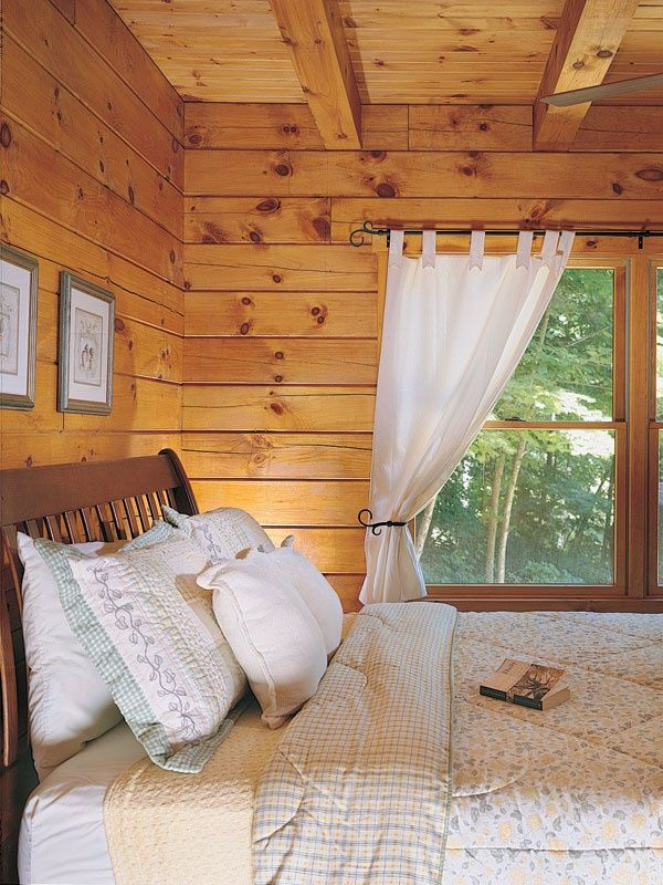 5 Tips To Picture Perfect Window Treatments Loghome Com In 2020 Log Cabin Bedrooms Log Cabin Interior Cabin Curtains