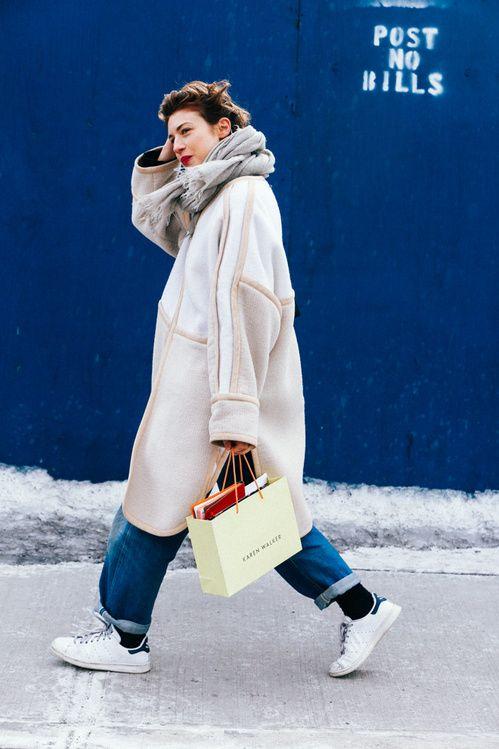 Street Looks at New York Fashion Week Fall/Winter 2015-2016 | Vogue Paris