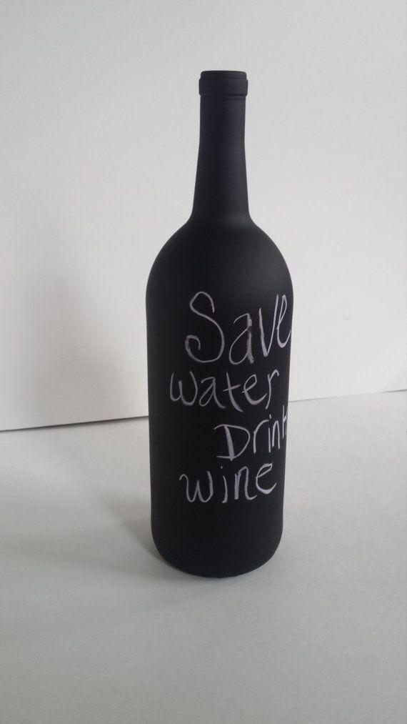 Les 25 meilleures id es concernant bouteilles de vin en - Peinture noire tableau craie ...