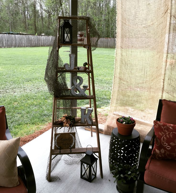 Louisiana Saturday Night honey-do shower ladder