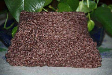 Pochette di lana a crochet