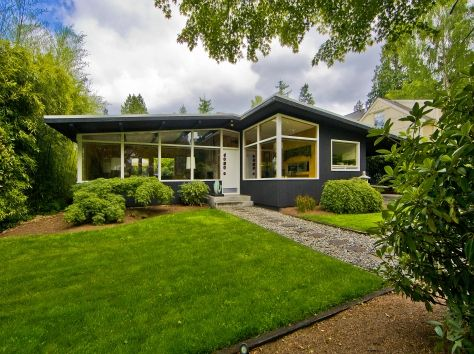 MCM home in Seattle- this could easily be my exterior if we put in more windows and small front addition.