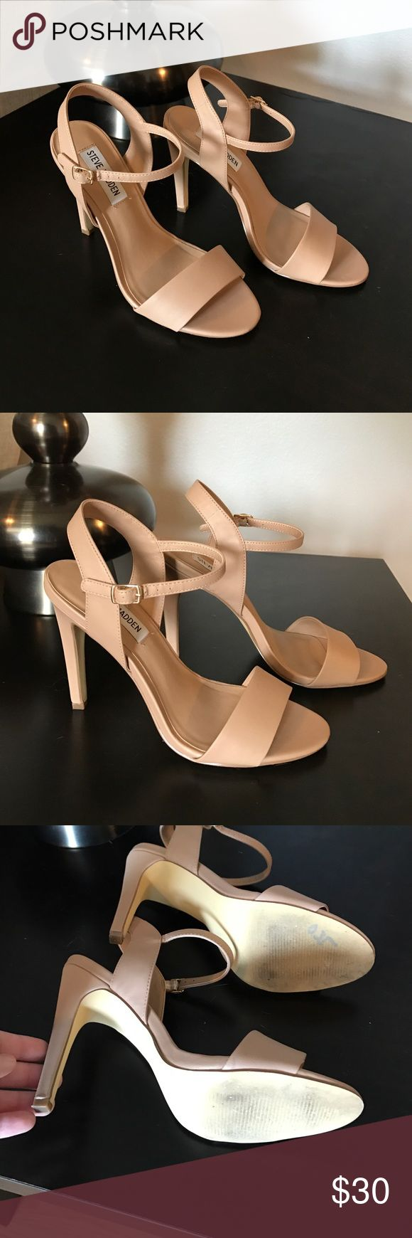 Practically new Steve Madden heels Only worn once, excellent condition. Bought these because I wanted a Stuart Weitzman nudist dupe but then I finally bought some. Practically brand new, stored to prevent any damage to the structure of the shoe. Excellent nude heels. Steve Madden Shoes Heels