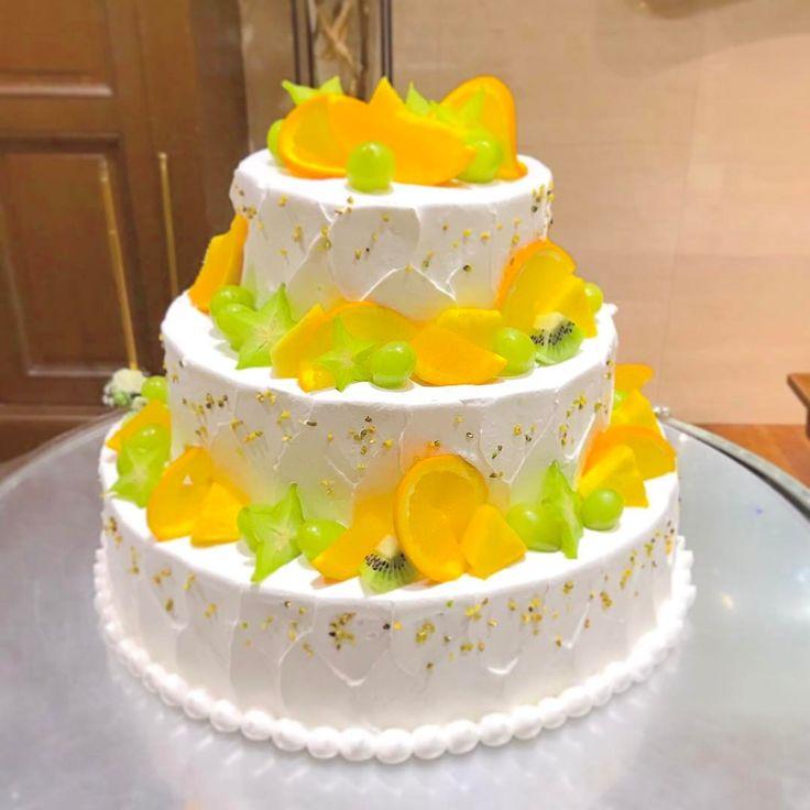 いいね!124件、コメント1件 ― アニヴェルセル 神戸 公式さん(@anniversaire_kobe)のInstagramアカウント: 「. 爽やかな色味のフルーツをふんだんに使った オリジナルのウェディングケーキ 見ているだけでフレッシュさが伝わります❤︎ #ウェディングケーキ #フレッシュ #フルーツ #爽やか オリジナル…」