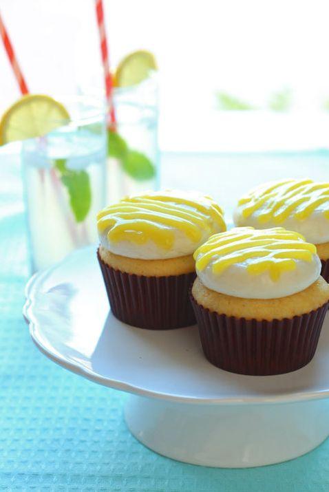 Velvet Cupcakes - #Lemon flavored #cupcakes