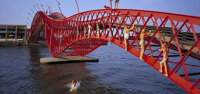 Bridges Borneo-Sporenburg by West8