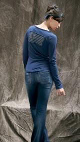 "Teddy Smith, collection AH 12/13.    T-shirt Tangel. Jean Pumpy BC.    #teddysmith ""bluebox #apparel #femme #look #tshirt #jean #bootcut"