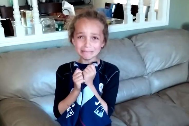 We generally don't endorse filming your kid's reaction to anything related to sports, but this Tom Brady fan's reaction to receiving New England Patriots tickets for her birthday is the best video ...