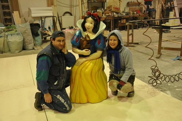 Snow white likes my collegue:)