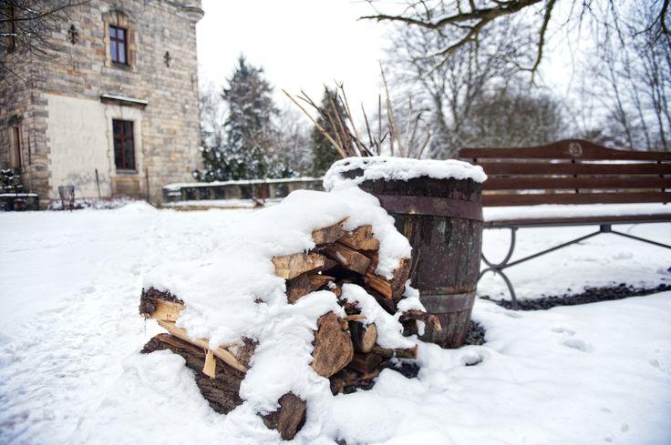 Snow at Kliczkow Castle. Lower Silesia, Poland.