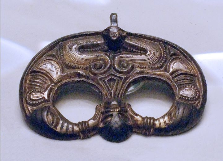 6thC Lombardic horse harness forehead pendant from the hill grave of Veszkény, Hungary.