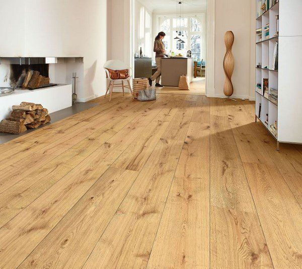 hard-wood-flooring-designs-ligt-wood-planks-living-room-design-ideas.jpg (600×534)