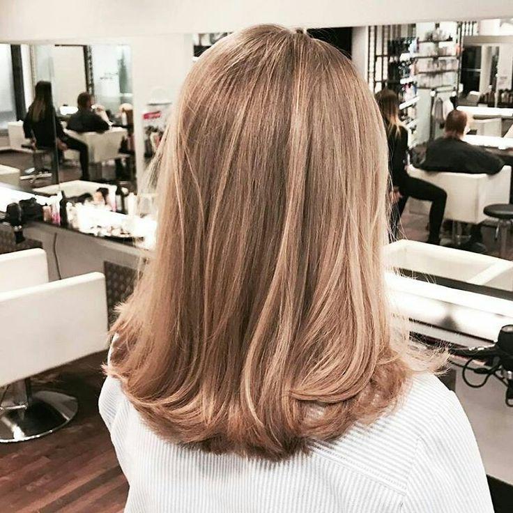 Chloebac haar styling frisuren bunte haare