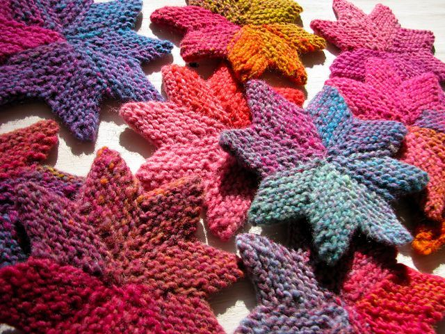 Attractive Loom Knit Christmas Ornaments Part - 13: Knitted Stars -- Would Make Cute Xmas Ornaments!
