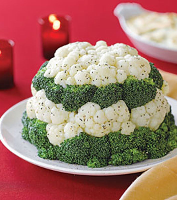 Broccoli and Cauliflower Tower is perfect for the holidays. #foodart #recipe