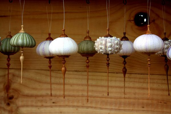 Oh my... I've been wanting to make sea urchin ornaments for ages. I these are a little beyond my skill set though ;-)