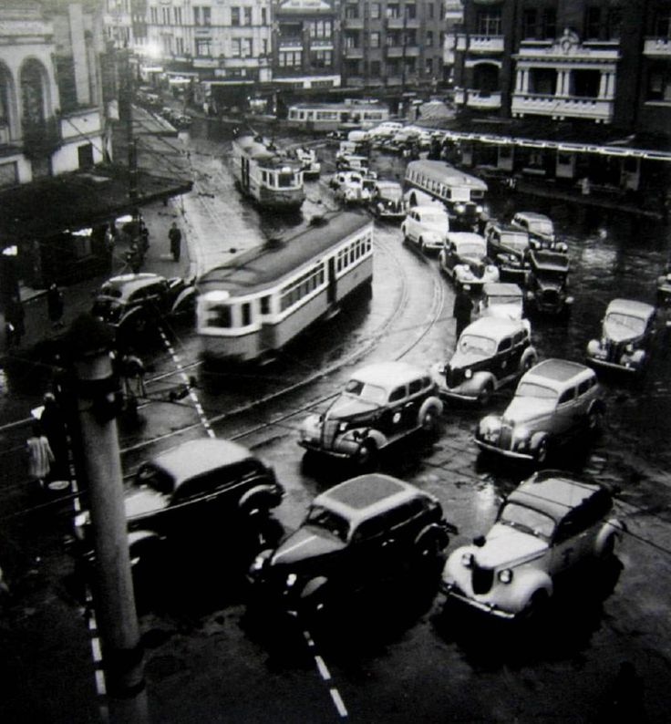 1938. London. Twilight Rush Hour - Kings Cross, by Max Dupain