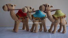 Amigurumi Camello amigurumi: Materiales: Hilo 100% algodón color camel. Ganchillo nº 1'75mm. Lana fina de color de ...