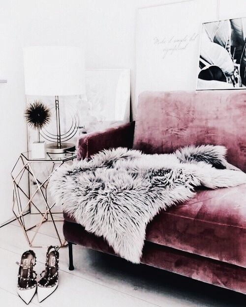 Best 25 Pink sofa ideas on Pinterest