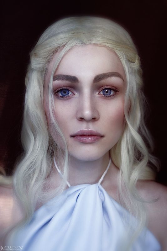 Daenerys Targaryen cosplay (Game of Thrones) | Photo by MilliganVick.deviantart.com