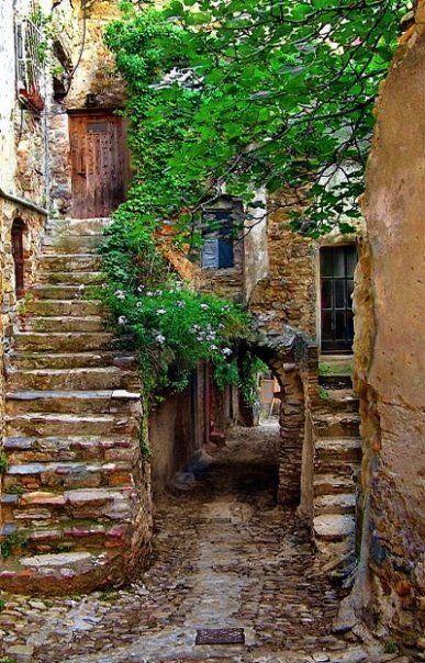 Ancient Passageway, Provence, France photo via caroline