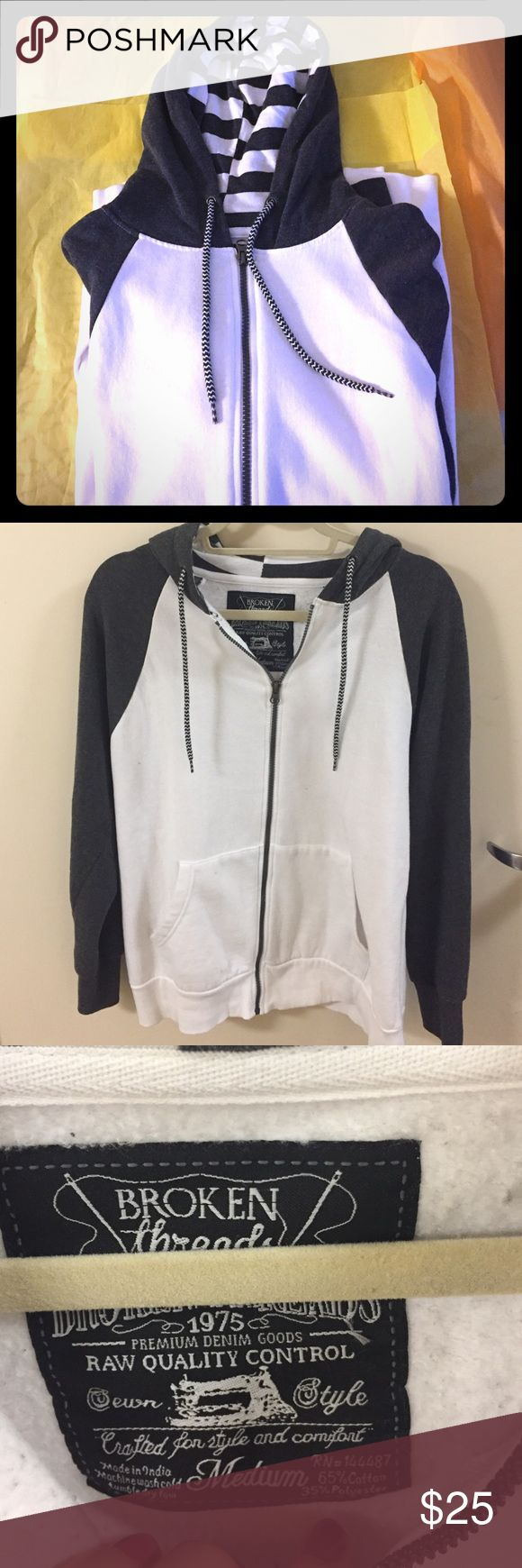 NWOT WHITE AND GREY ZIP-UP SWEATSHIRT This sweater is in excellent condition! Great light sweater for any guy , colors go great with anything! Comment with questions :) Broken Threads Sweaters Zip Up