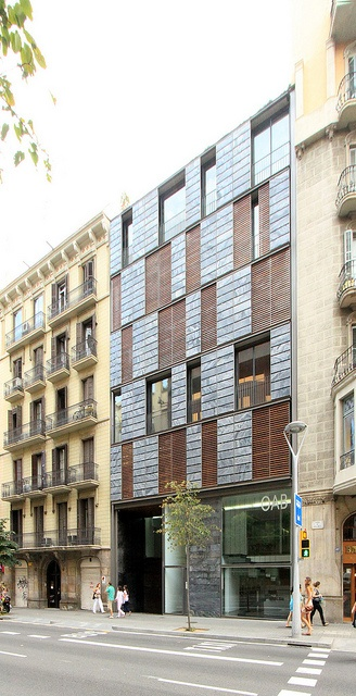 Apartment and Office Building OAB - Ferrater's Studio, photo by asli aydin, via Flickr