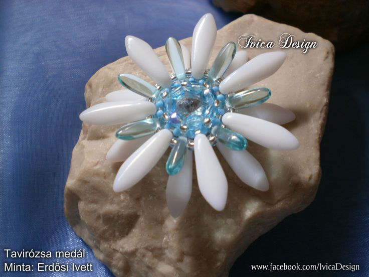 Water Lilly pendant <3 Follow me on my facebook page:https://www.facebook.com/IvicaDesign/ Buy my bead jewelrys on:https://porteka.com/hu/ivica#