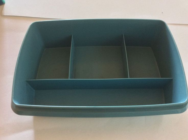 Vintage Tuppercraft Tupperware Blue Stow n Go Craft Fish Organize Replacement PC