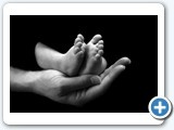 newborn baby, feet in mums hands, newborn photographer perth adele miles