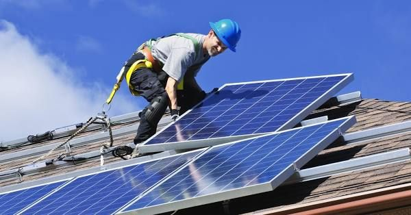 Considering Solar Here Are 8 Great Benefits Of Solar Panels In 2020 Solar Solar Panels Best Solar Panels