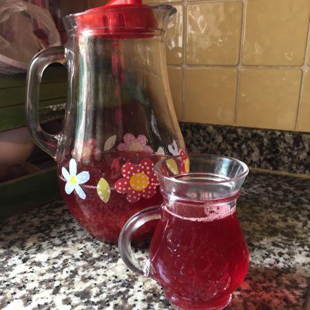 Susatmayan Ramazan Şerbeti Tarifi Nasıl Yapılır? Kevserin Mutfağından Resimli Susatmayan Ramazan Şerbeti tarifinin püf noktaları, ayrıntılı anlatımı, en kolay ve pratik yapılışı.