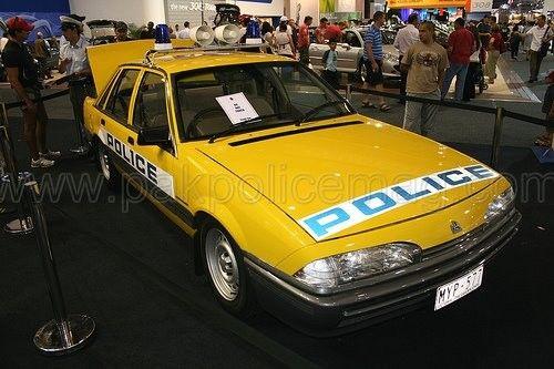 Victoria-Police-Holden-VL-Commodore.Pakistan-Police-Magazine.jpg 500×333 pixels