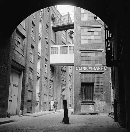 St Mary Overys Dock, Clink Wharf Limited, Southwark, c 1955. Eric de Mare, via English Heritage
