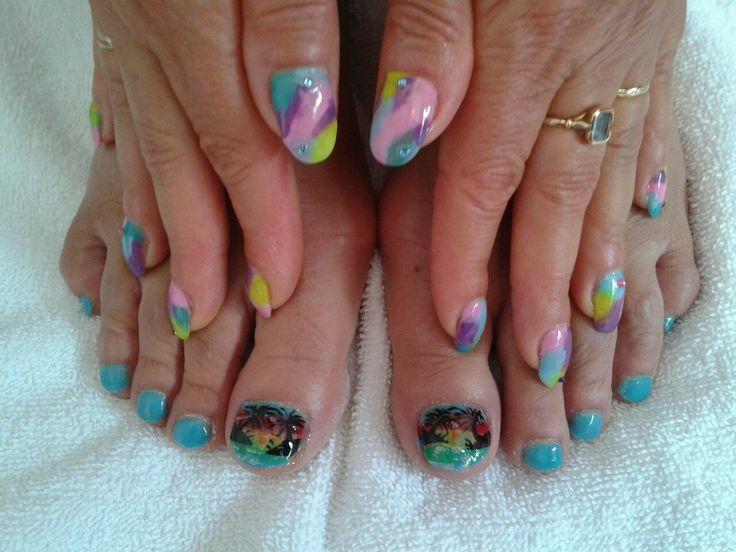 Ongles en gel sur pieds + nail art Palmier couché de soleil / peinture acrylique à main levé