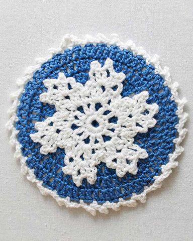 Seasonal crochet coaster